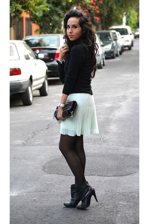 black pull&bear boots - black leather bag Zara bag - aquamarine Zara skirt