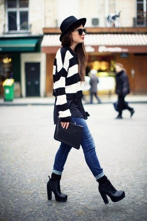 black boots - blue jeans - cream jumper