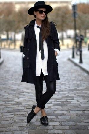 black leggings - white blouse
