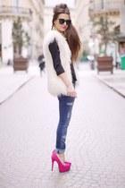 sky blue jeans - ivory H&M vest - hot pink Missguided heels