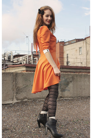 carrot orange handmade dress - black H&M tights