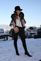 poncho Zara cape - Zara boots - skinny jeans Topshop jeans - fedora hm hat