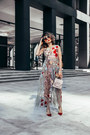 Valentino-shoes-embroidered-sheinside-dress-house-of-mackage-bag