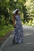 floppy hat Forever 21 hat - maxi dress Gap dress - cross body Louis Vuitton bag