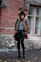Topshop coat - Chlo Sevigny for OC boots - GINA TRICOT hat