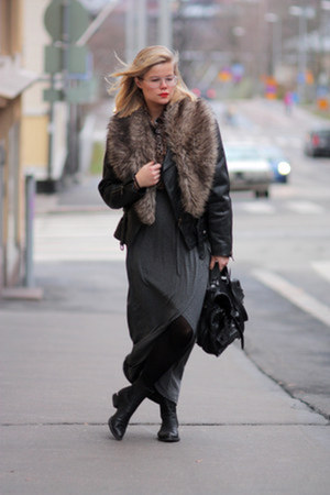 Alexander Wang boots - 2nd Hand jacket - GINA TRICOT skirt