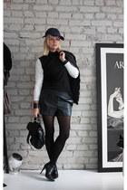 Din Sko boots - Gant hat - PROENZA SCHOULER bag - GINA TRICOT shorts