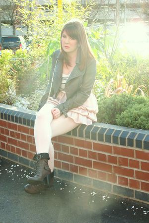gray new look jacket - white Topshop t-shirt - pink Topshop skirt - gray River I