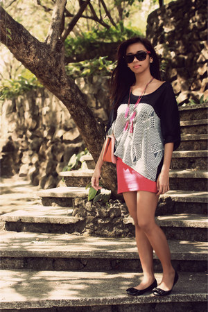 navy Thrift Store blouse - hot pink gift skirt