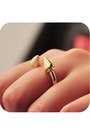 Awwdore-ring