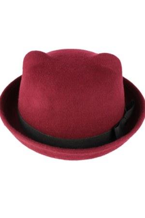 awwdore hat