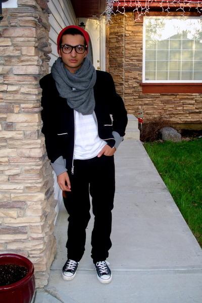 e4cd14cdb1a red Tristan Men hat - gray H M scarf - black Armani Exchange jacket - white  Amer