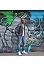 Levis-jeans-black-vintage-jacket-white-hi-tops-forever-21-sneakers