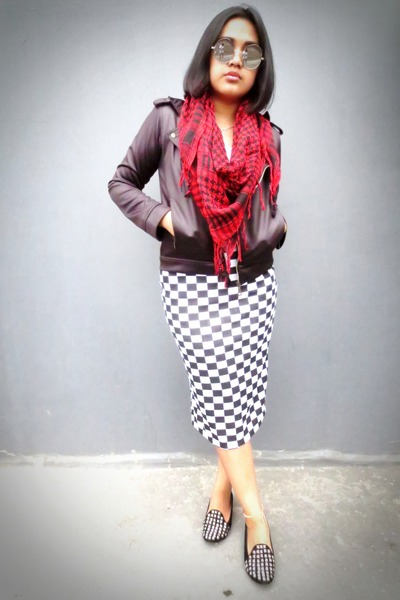 ruby red keffiyeh unbranded scarf - black biker unknown jacket