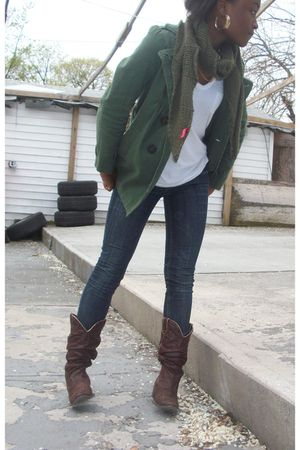 Dollhouse jeans - Forever 21 jacket - Old Navy t-shirt - H&M scarf