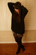 green H&M shorts - black tights - black boots - black thrifted sweater - gray th