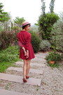 Boater-hat-tadum-hat-vintage-dress-necklace-zara-belt-bracelet-heels