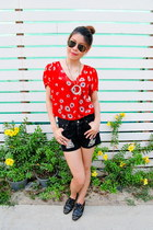 necklace - oxford Zara shoes - shorts - ray-ban sunglasses - ring - Zara top