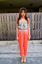 bracelet - high waisted vintage pants - Roxy belt - H&M necklace - top
