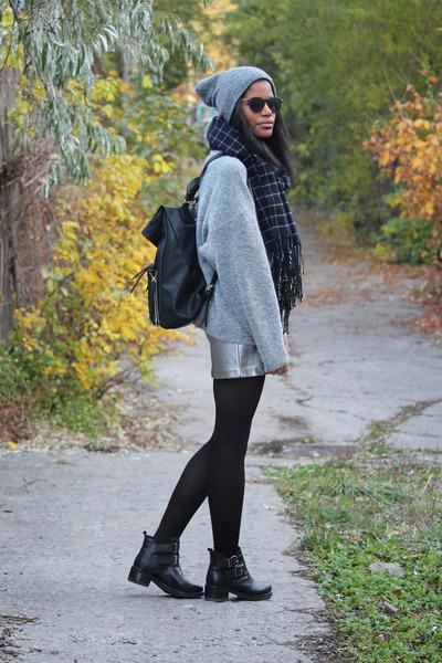 silver H&M skirt