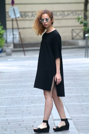black Monki dress