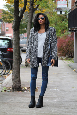 charcoal gray textured thrifted blazer