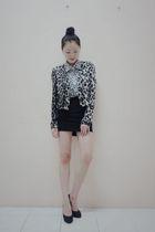 gray wwwseventeenoriginscom jacket - white wwwseventeenoriginscom blouse - black