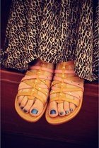 Light-brown-elf-sandals