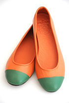 Carrot-orange-leather-elf-flats