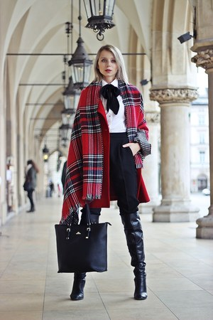 red wool Zara coat - black leather Mohito boots