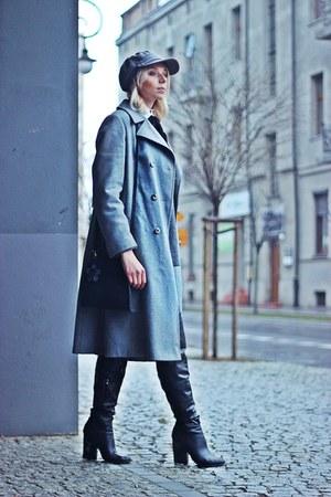 gray grey Zara sweater - black leather Mohito boots