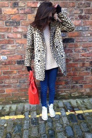 asos coat - red red bag Oasis bag - beige warehouse jumper