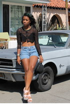 mesh top - jean Levis shorts - snakeskin wedges