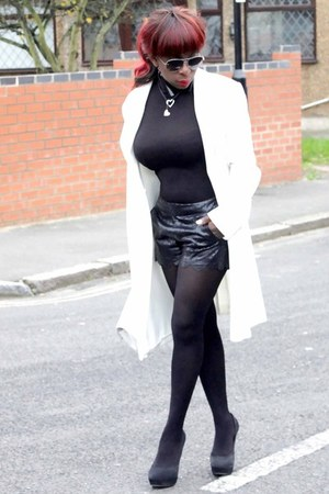black turtleneck Reiss top - white coat Zara coat - new look shorts