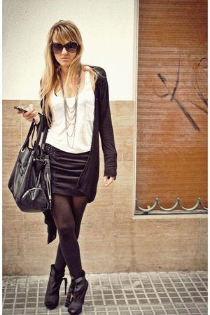 black Mango shoes - black Zara skirt