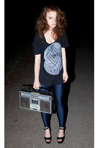 navy electric Secondhand leggings - black obey t-shirt