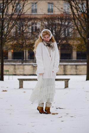 white saks accessories - beige Burberry scarf - ivory Sonia Rykiel cardigan - of