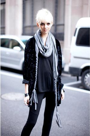 silver cotton scarf