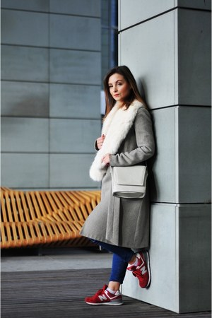 Mango coat - New Balance sneakers