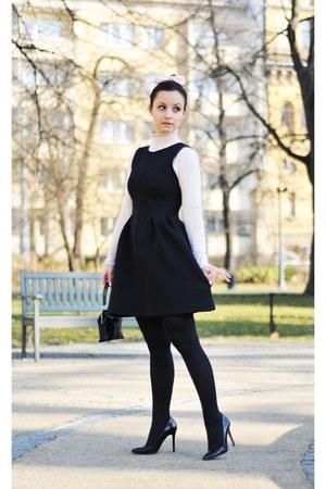 black pull&bear dress - black Zara heels
