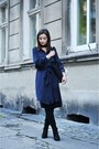 Black-stradivarius-boots-navy-zara-dress