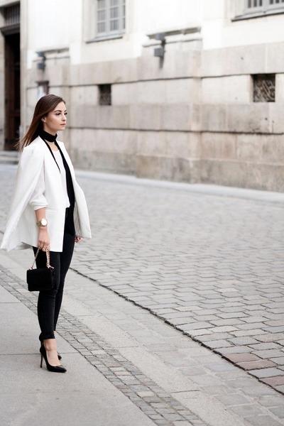 black Stradivarius bag - black Zara heels