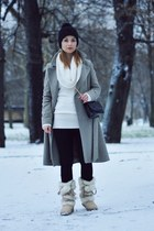 tan Zara Kids shoes - heather gray Mango coat - dark gray Stradivarius bag