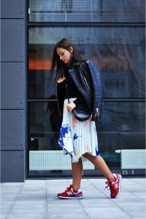 Zara blazer - Zara skirt - New Balance sneakers