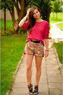Hot-pink-secondhand-sweater-light-brown-h-m-shorts-black-zara-sandals