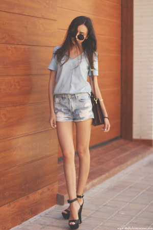 top - bag - shorts - sunglasses - sandals