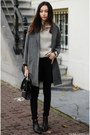 Boots-coat-jeans-sweater-bag
