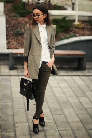 vintage blazer - Mango boots