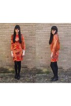 orange Vintage 1960s-1970s dress - black Vintage 1990s boots