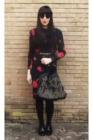 black patent Topshop boots - Ciao dress - Urban Outfitters bag - asos gloves